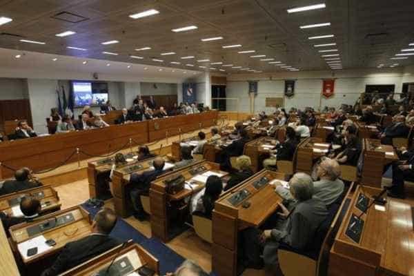 Bullismo e il cyberbullismo, approvata in Regione Campania una nuova legge