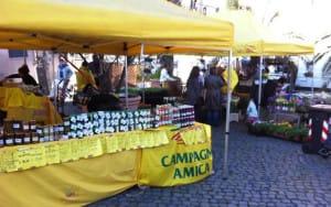 mercatini-campagna-amica-napoli-febbraio-2014
