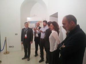 2015-04-18 foto sindaco franceschini osanna e catoni su reggia (2)