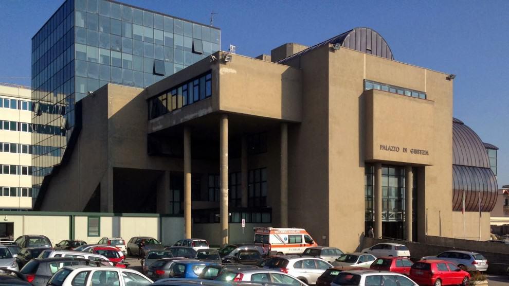tribunale Torre Annunziata