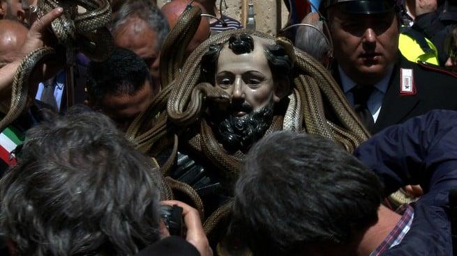 Lascia stare i santi CortoDino