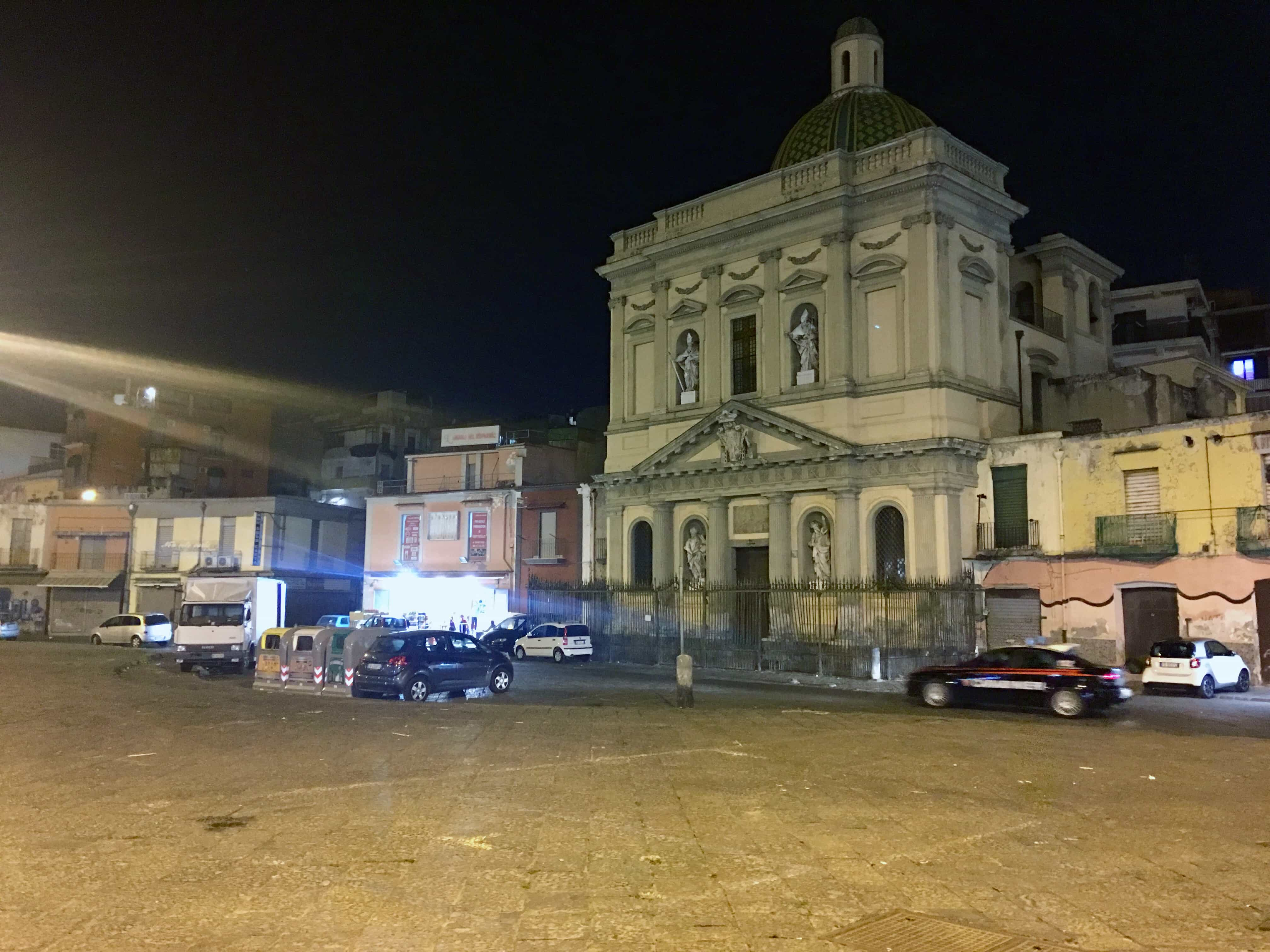 carabinieri piazza mercato