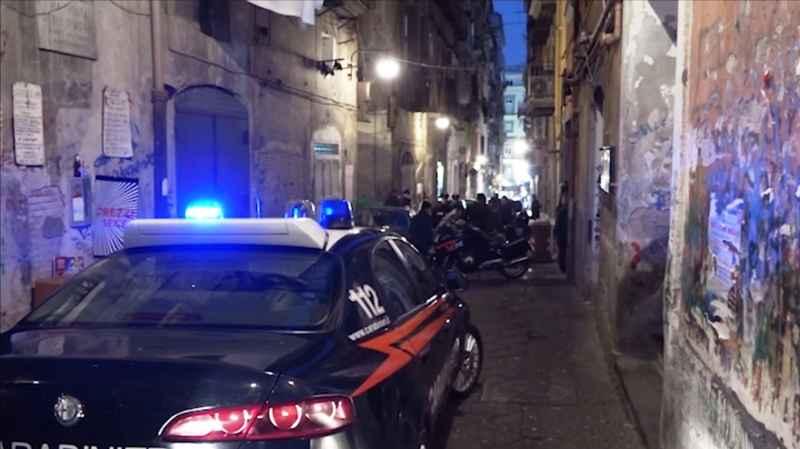 blitz carabinieri ai quartieri Spagnoli