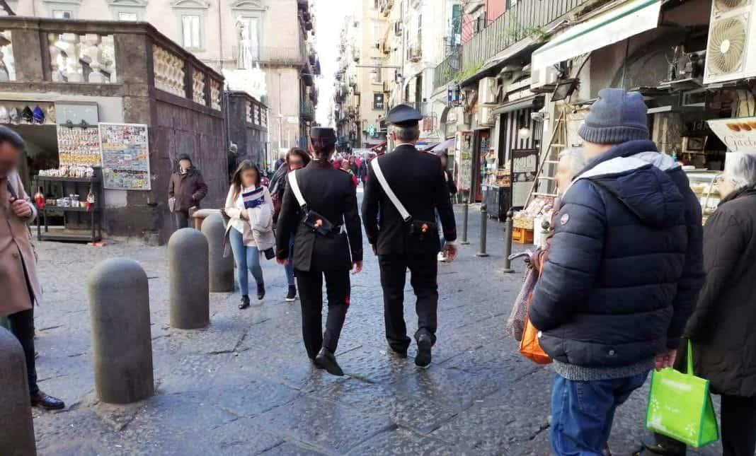 carabinieri centro storico tribunali napoli