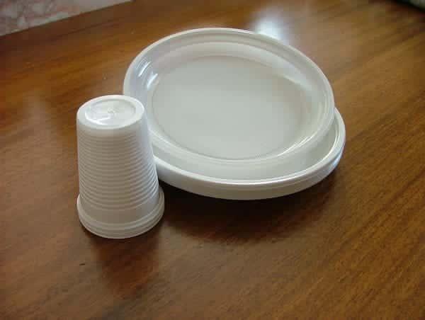 bicchieri piatti plastica