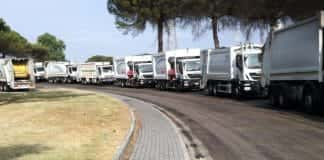camion rifiuti in fila stir caivano