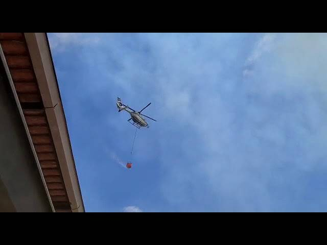 elicottero incendio