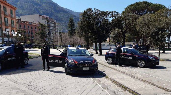 Controlli Carabinieri Castellammare